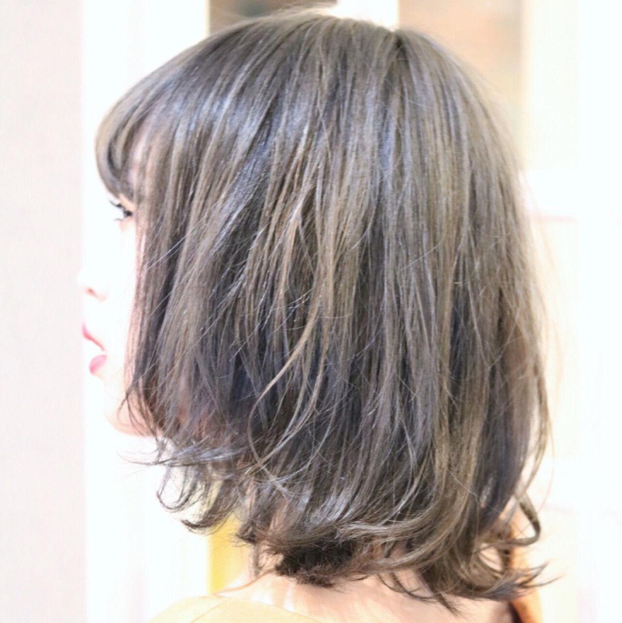 ミディアム ハイライト フェミニン ダブルカラーヘアスタイルや髪型の写真・画像
