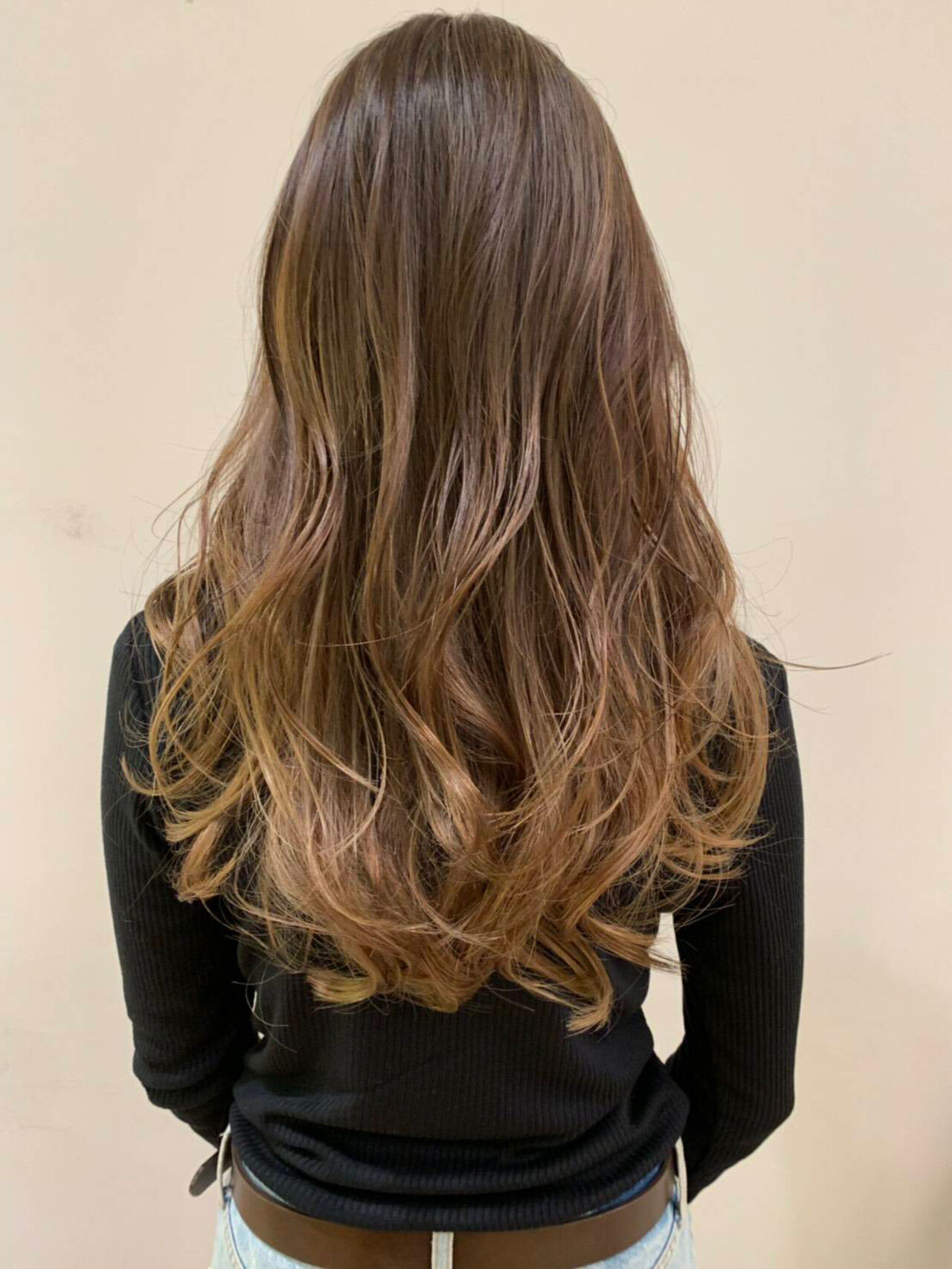 ロング オフィス ヘアアレンジ アウトドアヘアスタイルや髪型の写真・画像