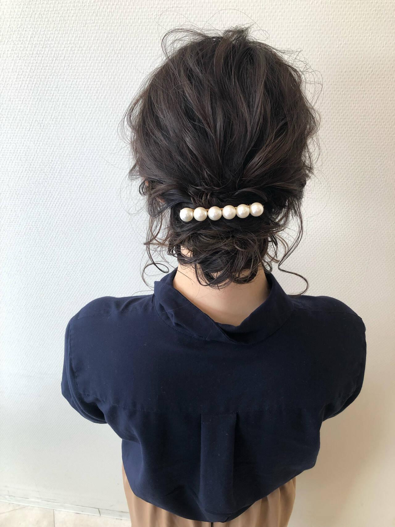 ミディアム 結婚式 フェミニン デートヘアスタイルや髪型の写真・画像