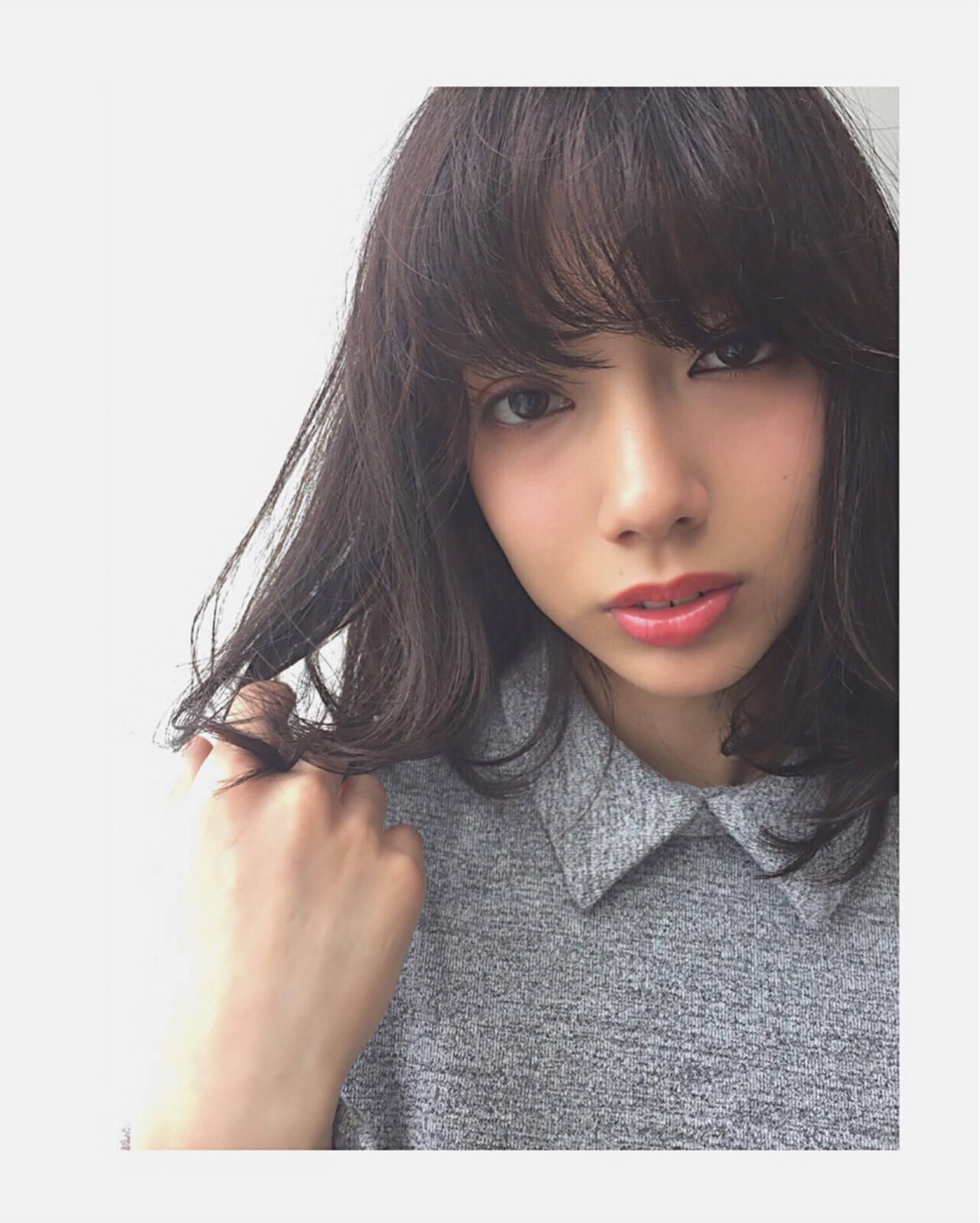 ガーリー モテ髪 黒髪 ミディアムヘアスタイルや髪型の写真・画像