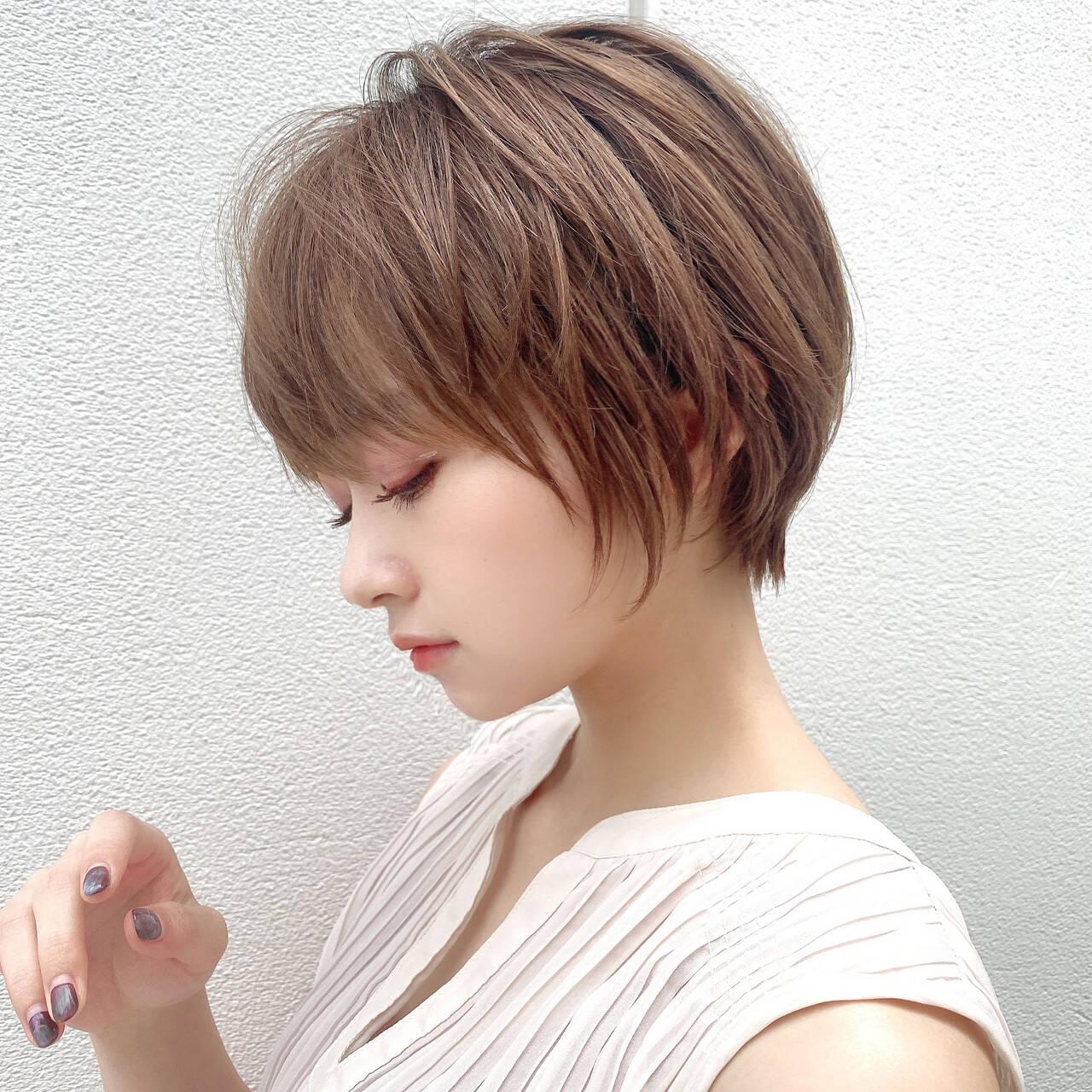 アンニュイほつれヘア ナチュラル 大人かわいい ショートボブヘアスタイルや髪型の写真・画像