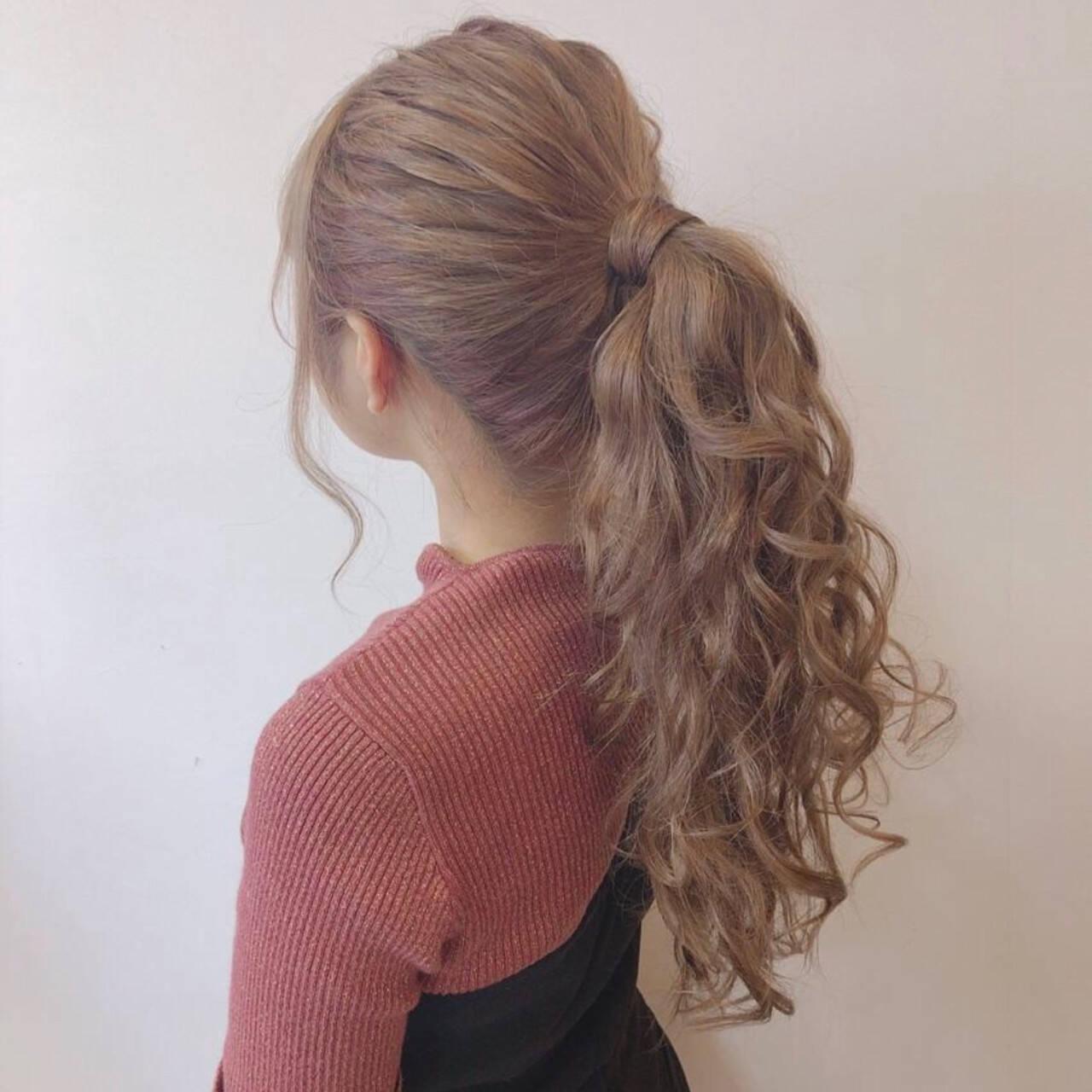 巻き髪 ポニーテール ロング ポニーテールアレンジヘアスタイルや髪型の写真・画像