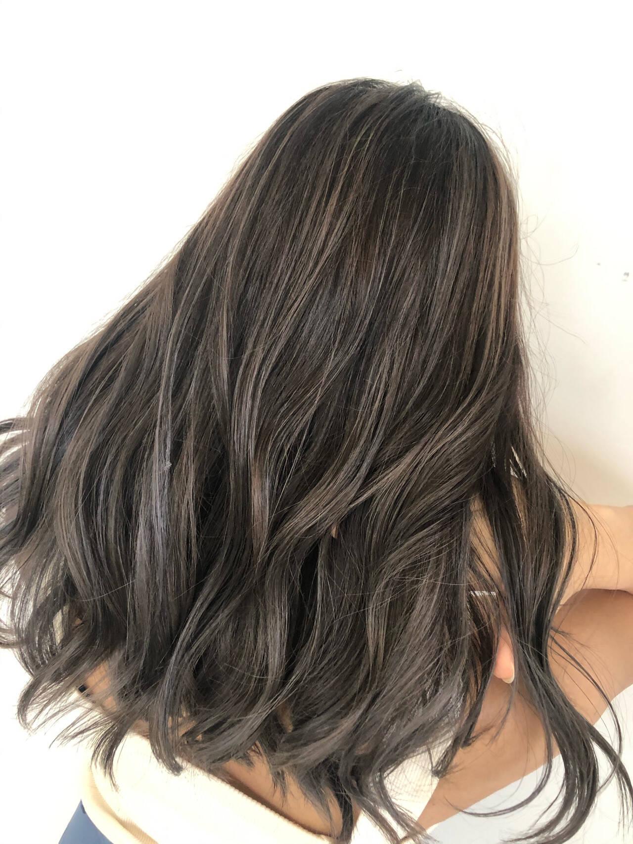 ハイライト 外国人風カラー ナチュラル グラデーションカラーヘアスタイルや髪型の写真・画像
