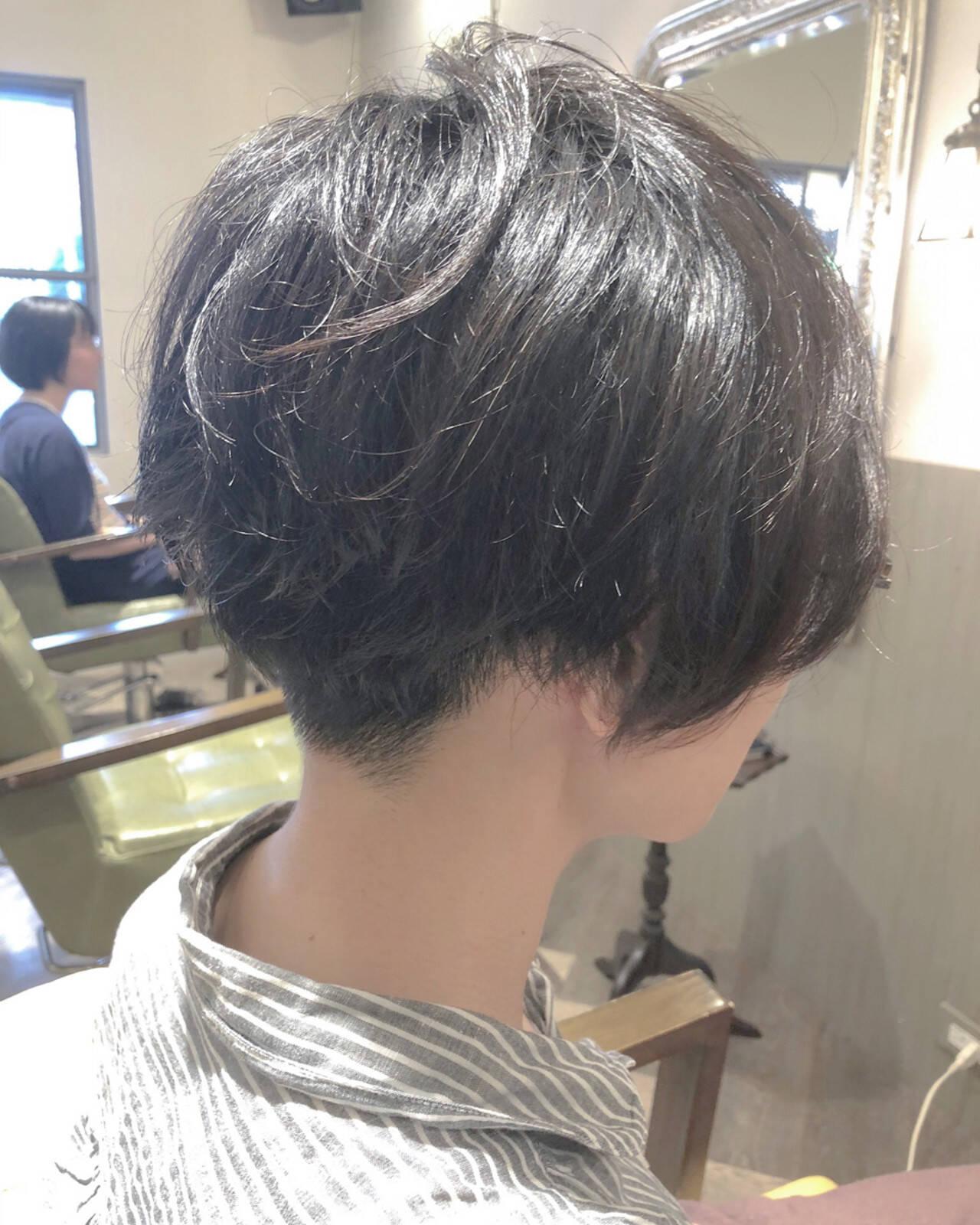 オフィス フェミニン アウトドア モードヘアスタイルや髪型の写真・画像