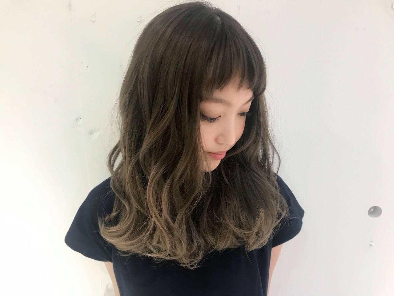 グレージュ 外国人風カラー 外国人風 モードヘアスタイルや髪型の写真・画像