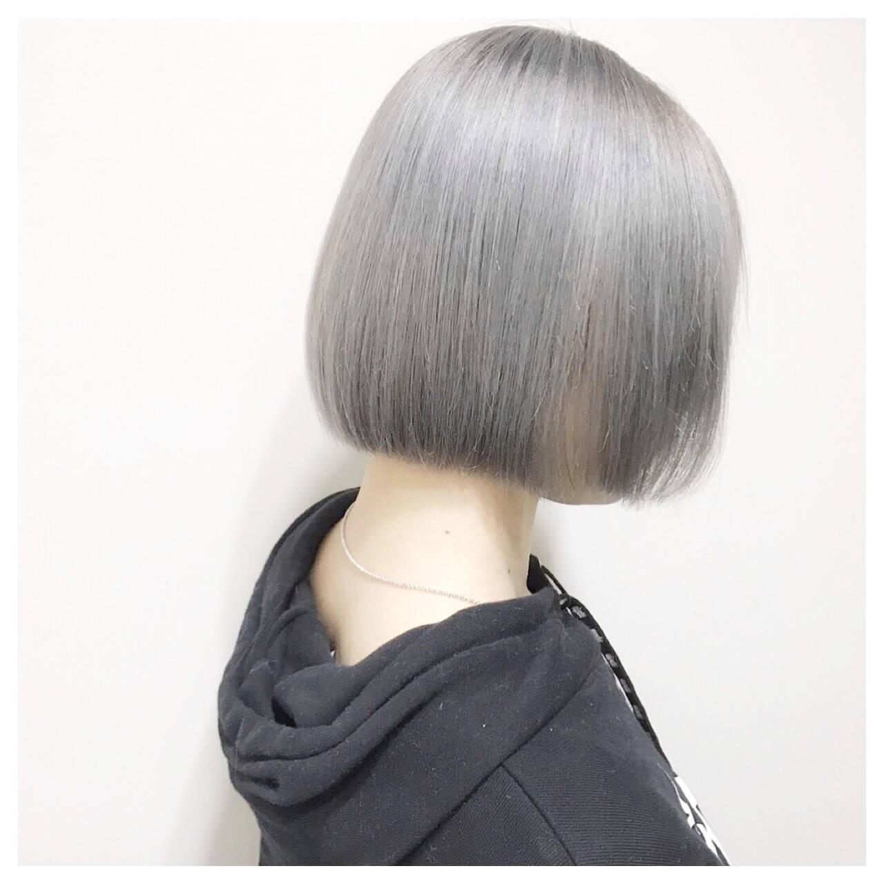 ホワイトアッシュ ホワイト シルバー ストリートヘアスタイルや髪型の写真・画像