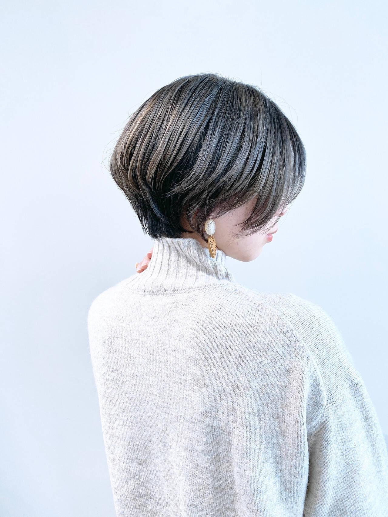 ナチュラル ショートボブ ショートヘア ミニボブヘアスタイルや髪型の写真・画像