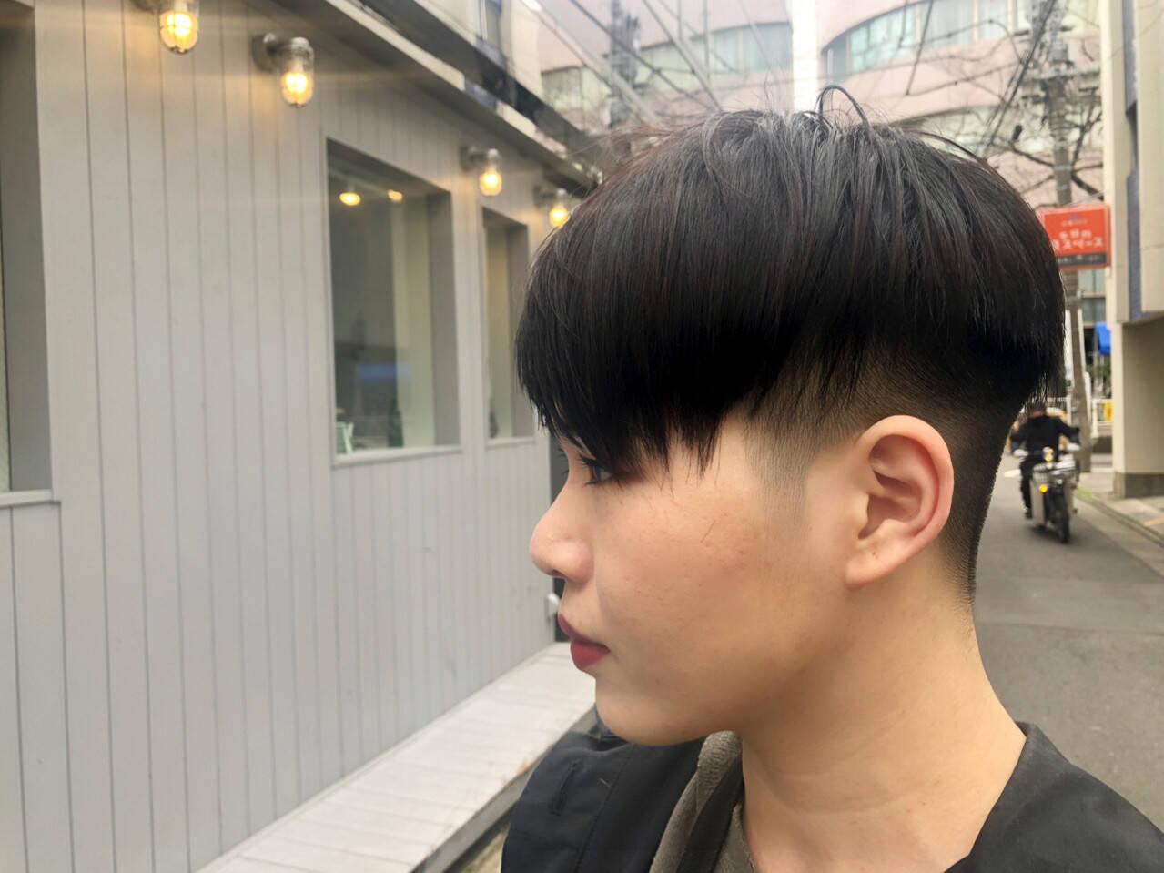 ハンサムショート 黒髪 ショート 前下がりショートヘアスタイルや髪型の写真・画像