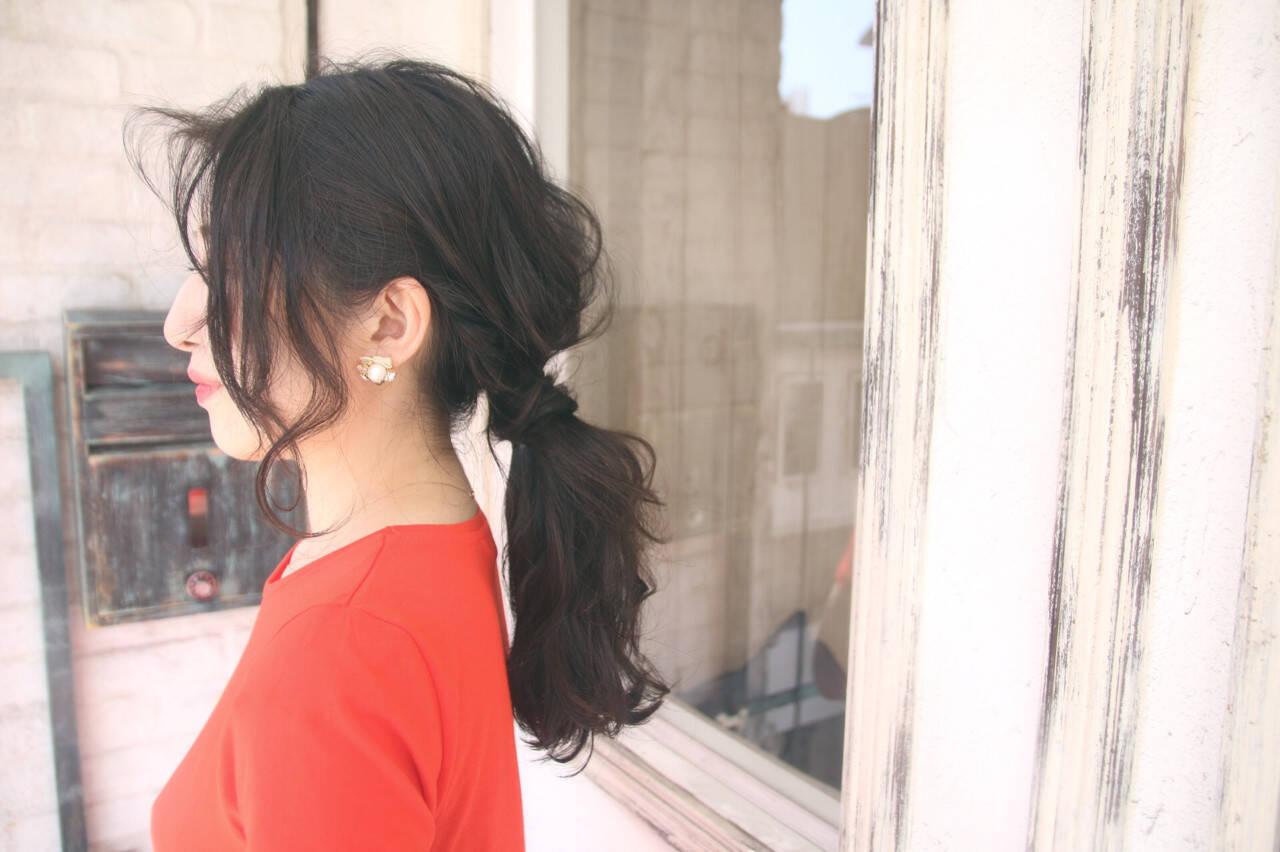 上品 女子会 黒髪 かき上げ前髪ヘアスタイルや髪型の写真・画像