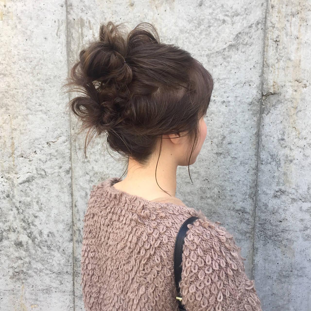 ヘアアレンジ お団子 セミロングヘアスタイルや髪型の写真・画像