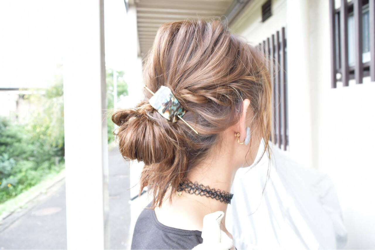 ハイライト ミディアム 大人女子 簡単ヘアアレンジヘアスタイルや髪型の写真・画像