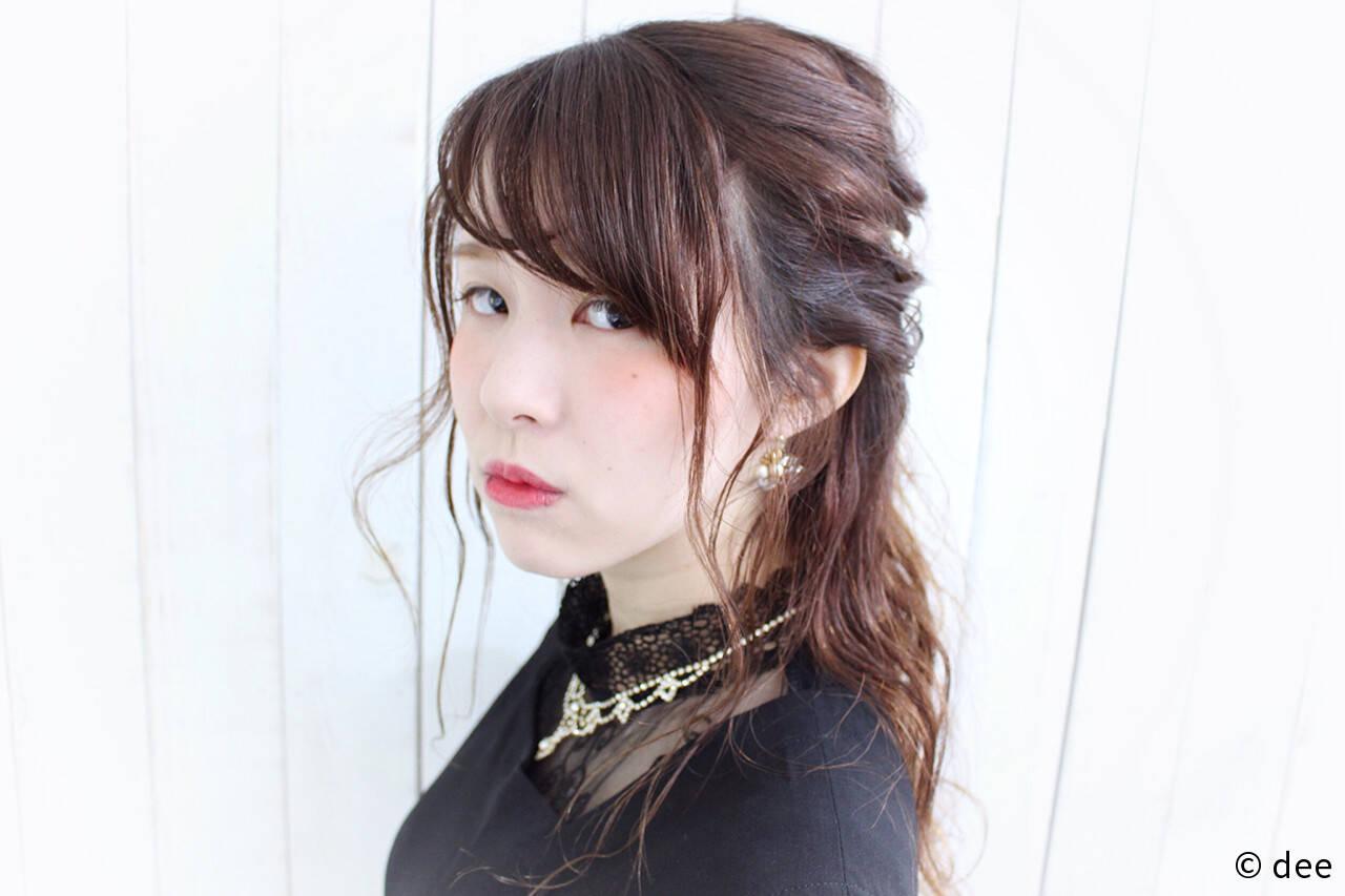 パールアクセ ヘアピン ロープ編み ハーフアップヘアスタイルや髪型の写真・画像