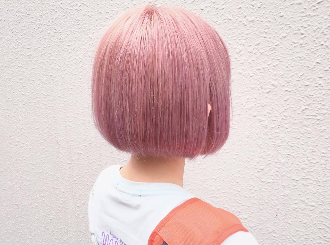 ショートボブ ピンクアッシュ ベージュ ラベンダーピンクヘアスタイルや髪型の写真・画像