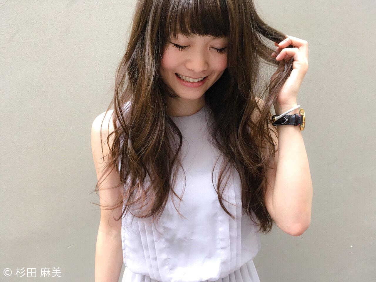 フェミニン ゆるふわ 大人かわいい イルミナカラーヘアスタイルや髪型の写真・画像