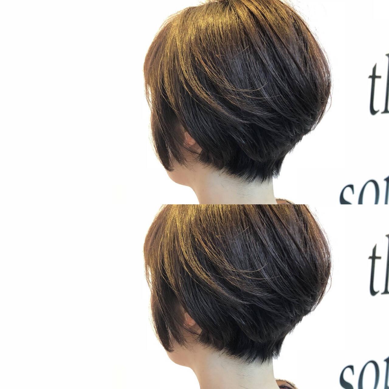 ナチュラル ショート 耳かけ ボブヘアスタイルや髪型の写真・画像