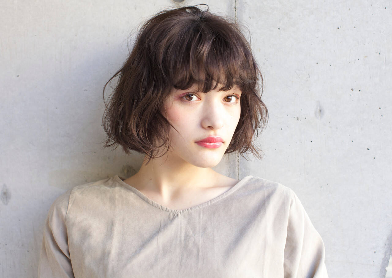 こなれ感 大人女子 小顔 フリンジバングヘアスタイルや髪型の写真・画像