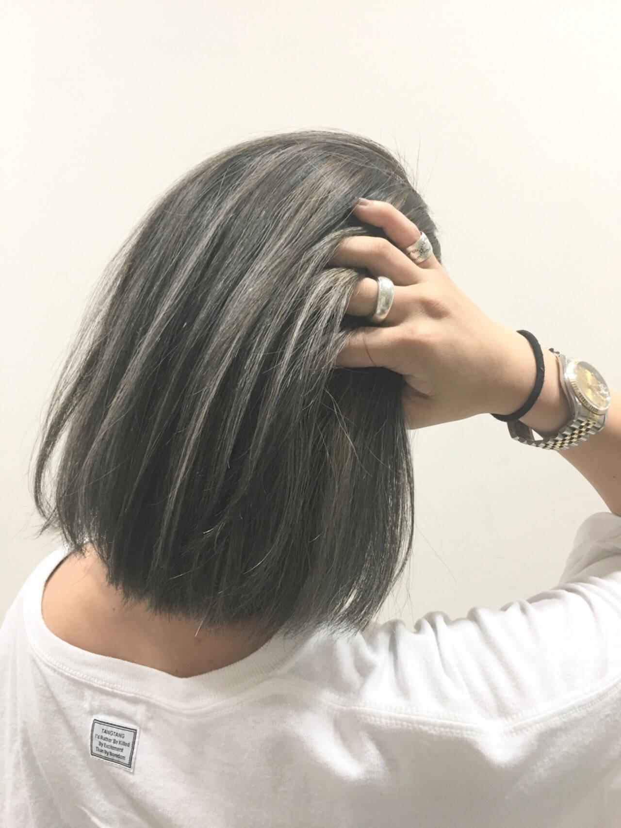 ボブ ハイライト 暗髪 アッシュヘアスタイルや髪型の写真・画像
