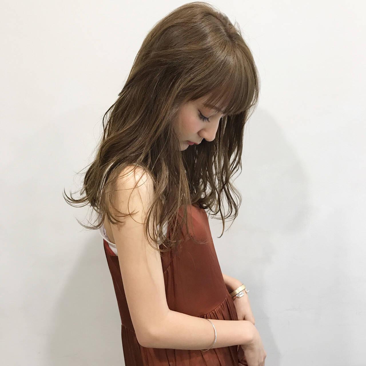 簡単ヘアアレンジ 透明感 女子会 秋ヘアスタイルや髪型の写真・画像
