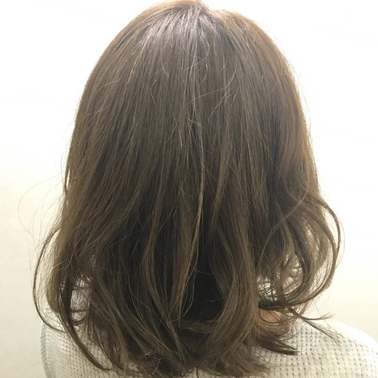 ナチュラル ゆるふわ フェミニン ミディアムヘアスタイルや髪型の写真・画像