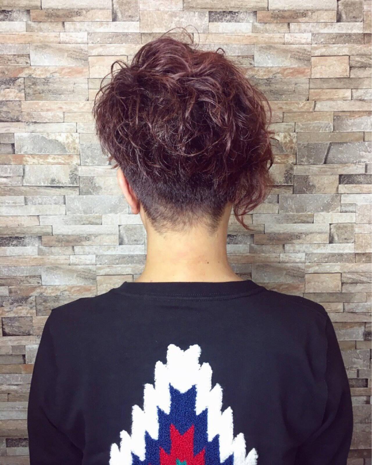 ラベンダーピンク アシメバング モード ピンクヘアスタイルや髪型の写真・画像