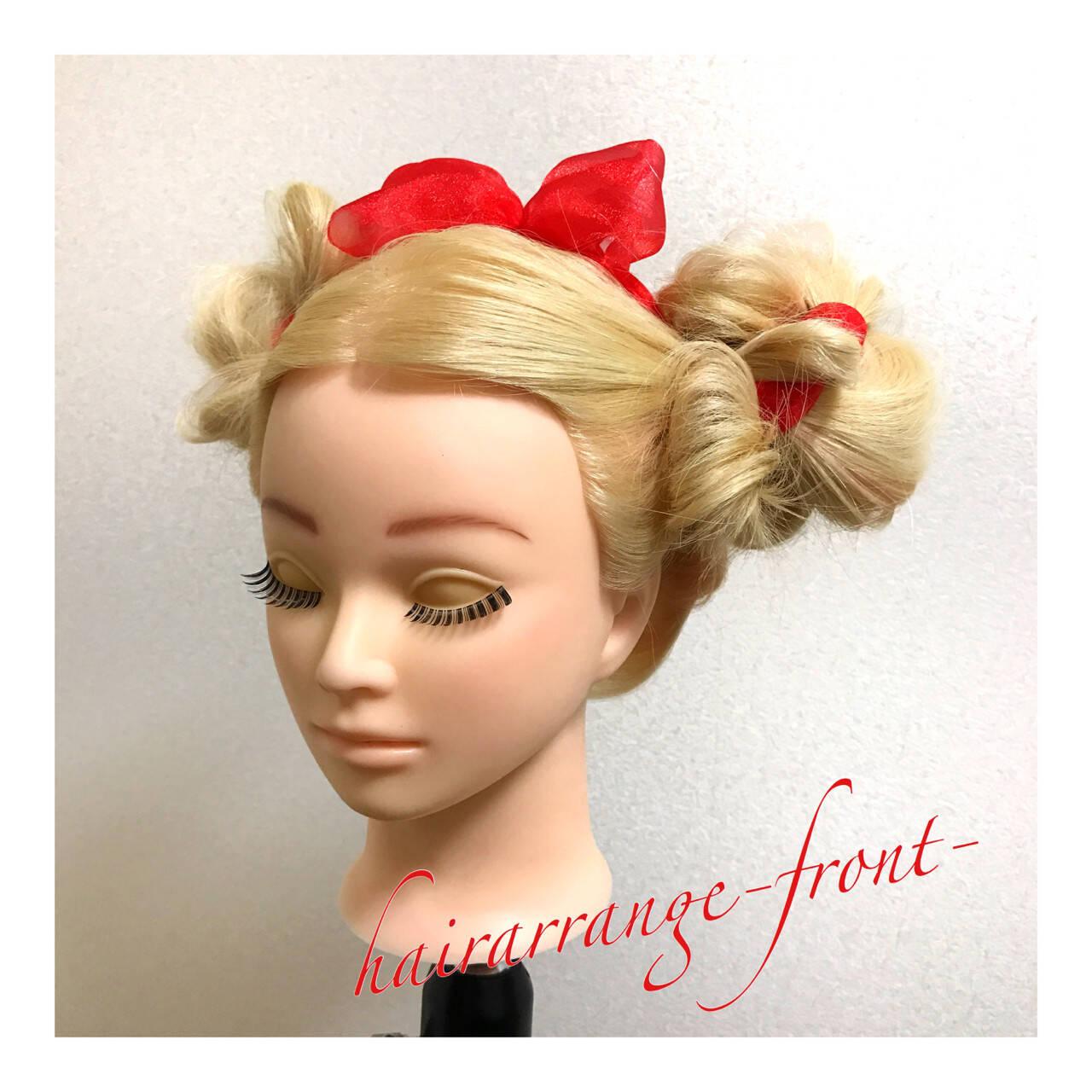 ヘアアレンジ お団子 ゆるふわ 三つ編みヘアスタイルや髪型の写真・画像