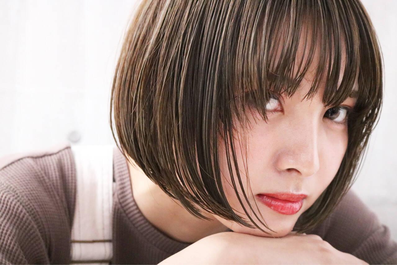 ショート 透明感カラー ナチュラル ヘアメイクヘアスタイルや髪型の写真・画像