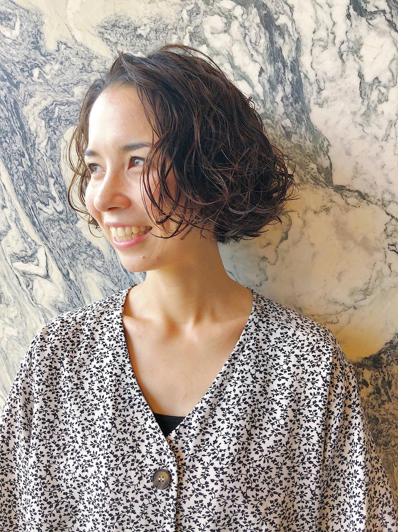 スパイラルパーマ  パーマ ボブヘアスタイルや髪型の写真・画像