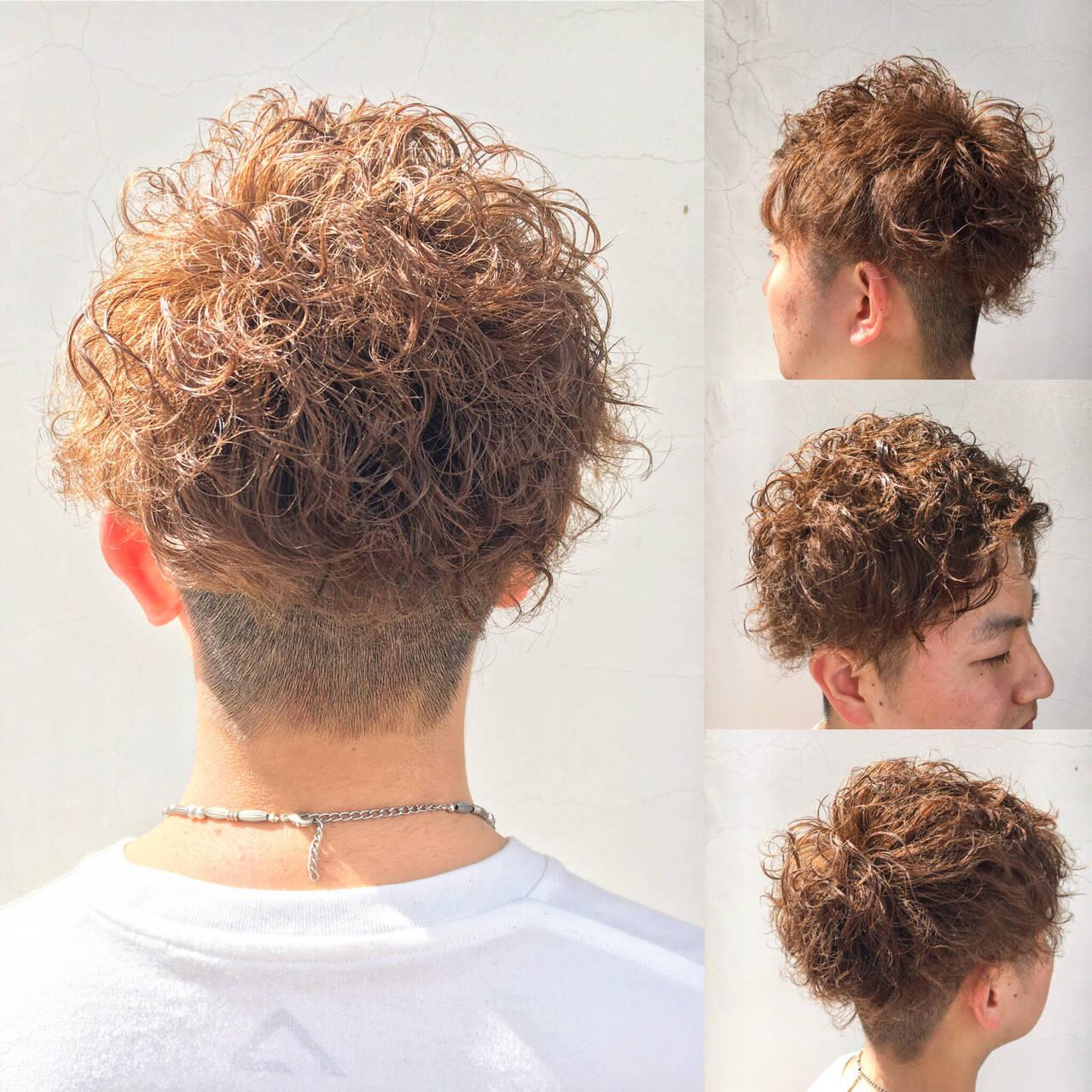メンズ ショート パーマ ストリートヘアスタイルや髪型の写真・画像