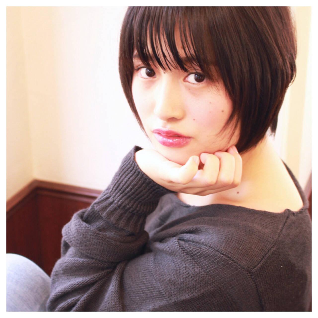 大人かわいい 前髪あり 暗髪 色気ヘアスタイルや髪型の写真・画像