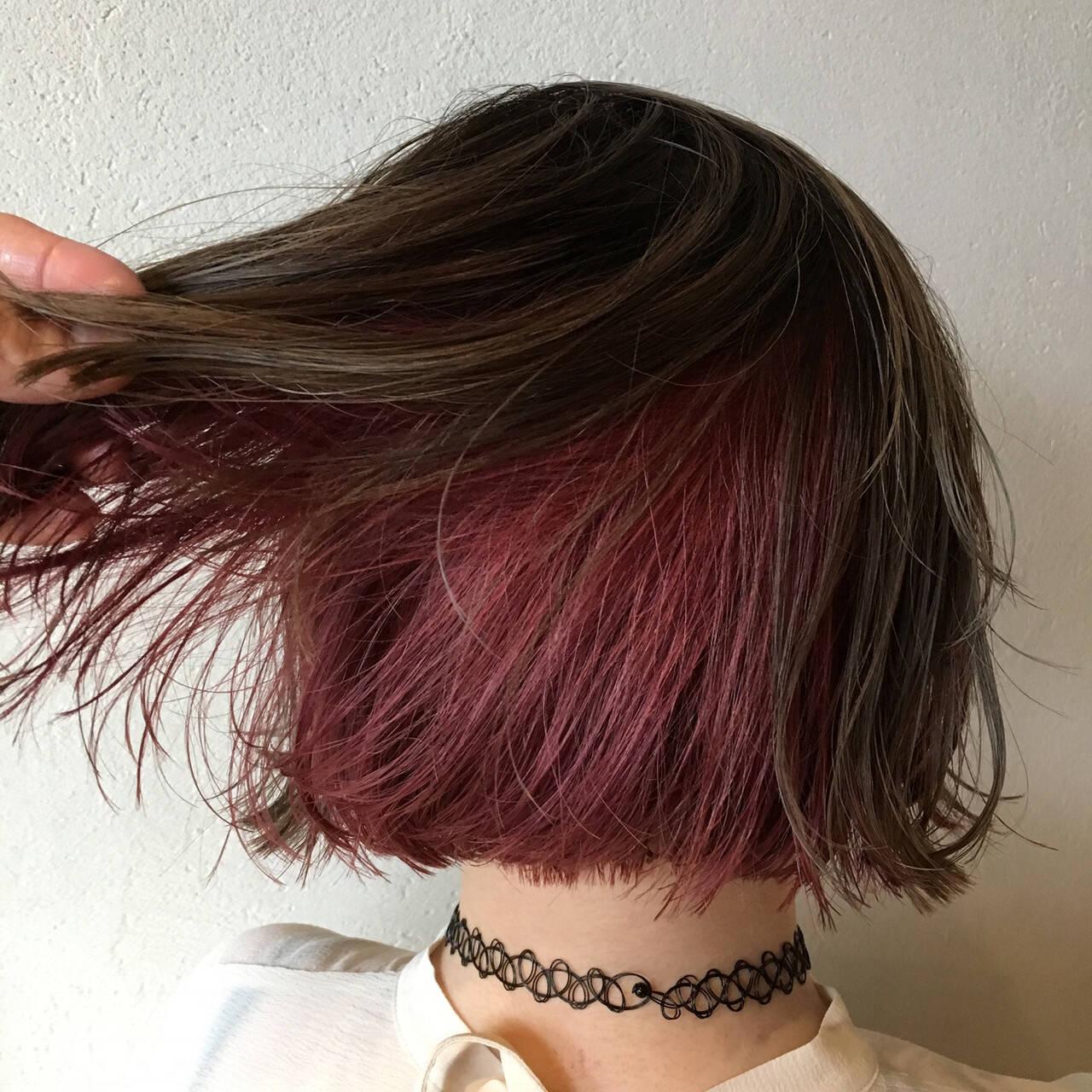 ラベンダーピンク ピンクラベンダー フェミニン インナーカラーヘアスタイルや髪型の写真・画像