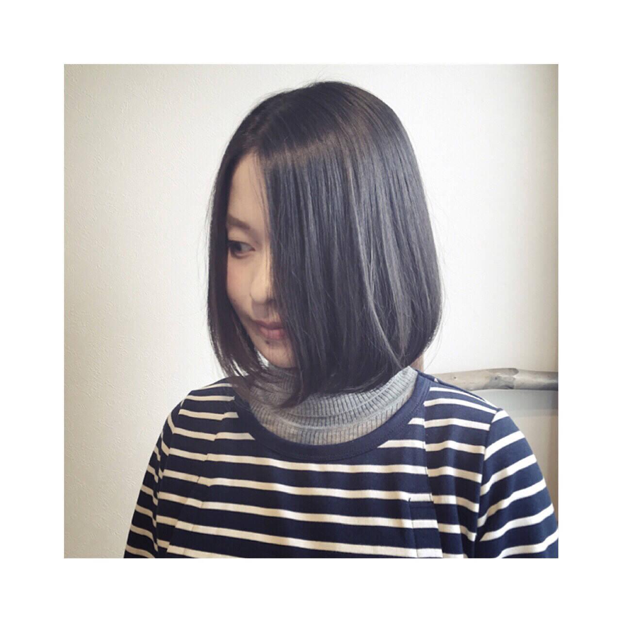 大人女子 ナチュラル 内巻き 黒髪ヘアスタイルや髪型の写真・画像