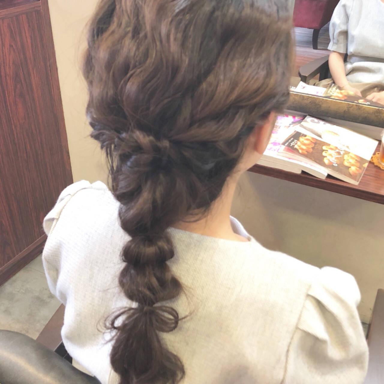 編み込み ヘアアレンジ フェミニン 成人式ヘアスタイルや髪型の写真・画像
