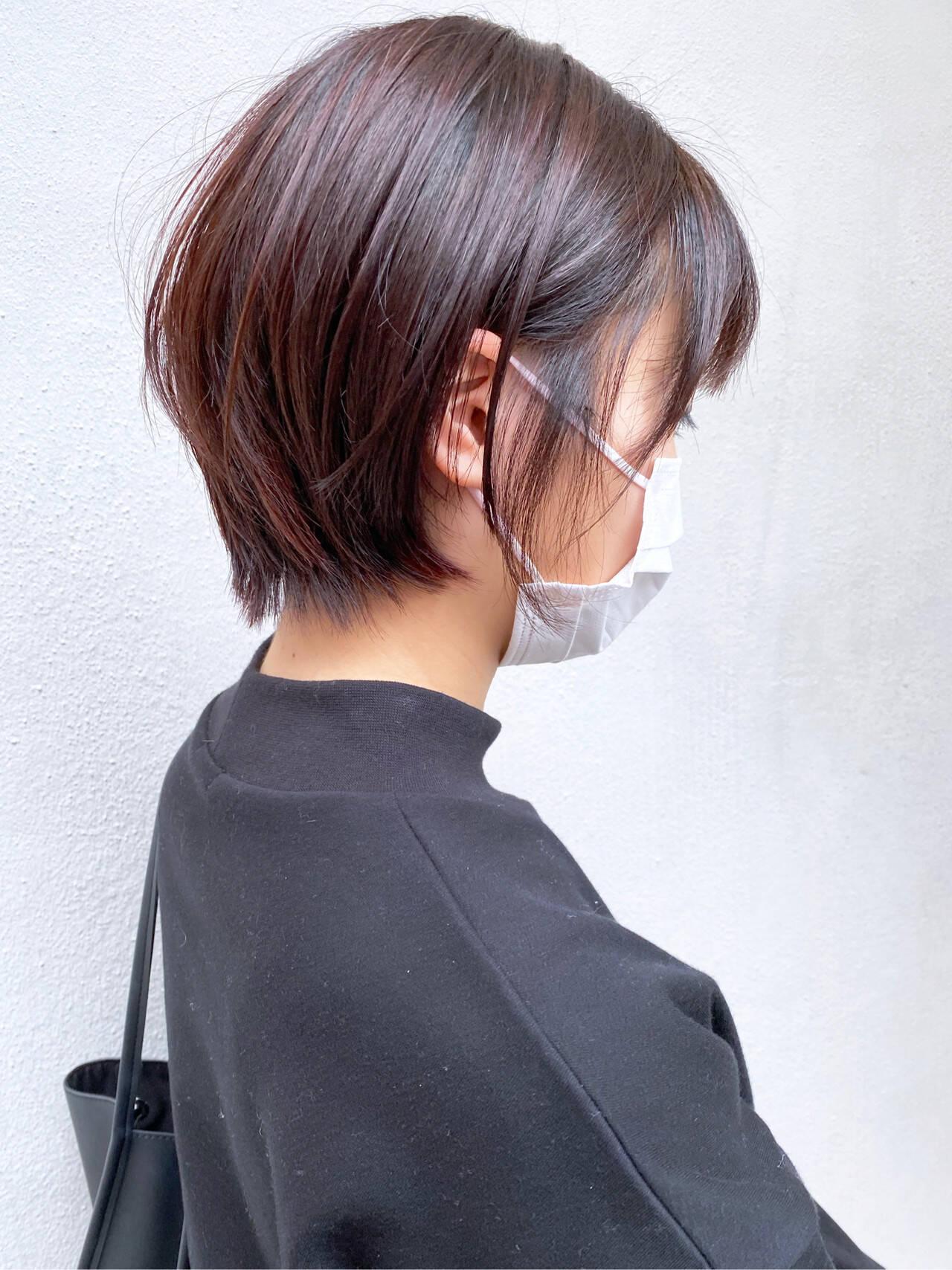 ミニボブ ウルフカット ショート フェミニンヘアスタイルや髪型の写真・画像