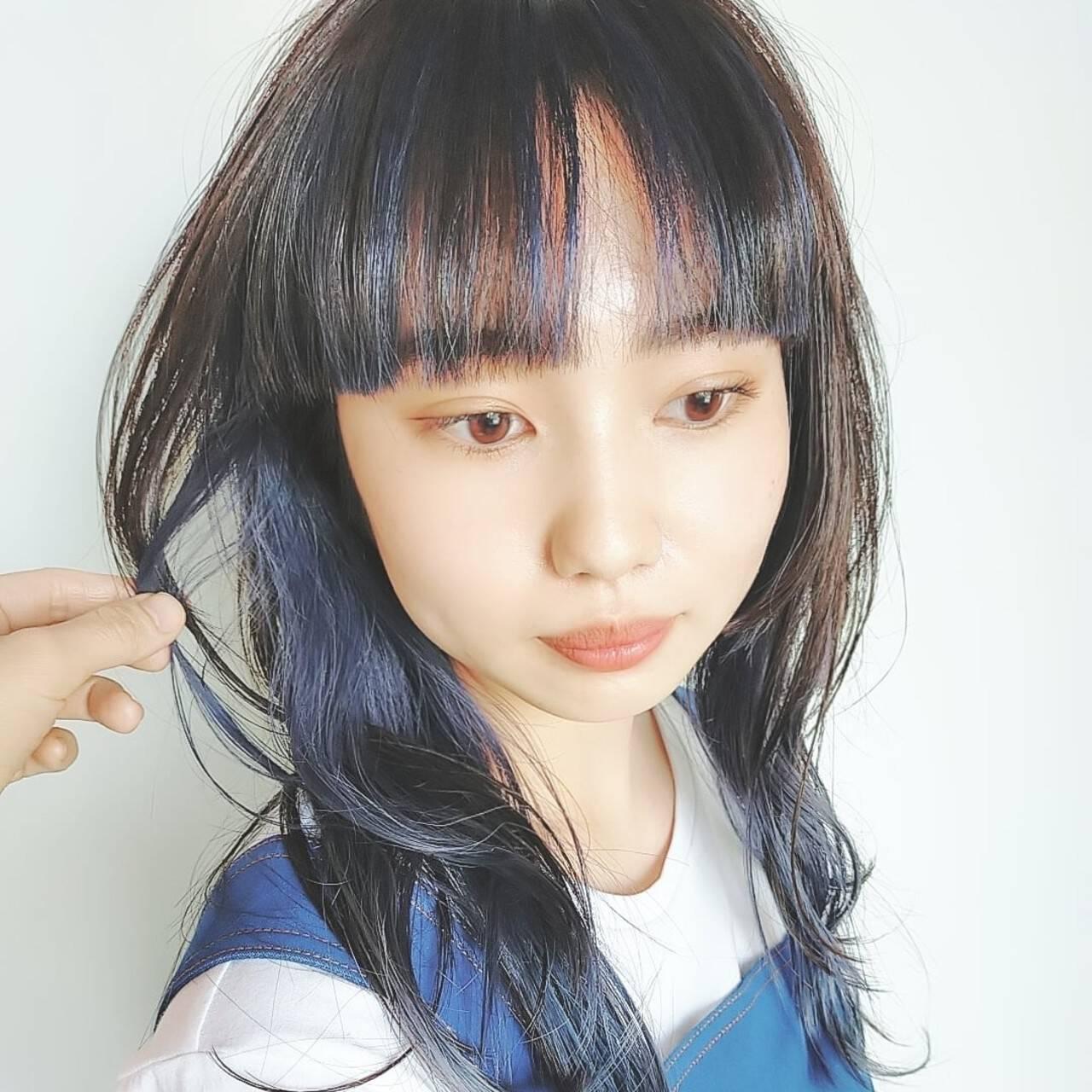 モード セミロング インナーカラー ウルフカットヘアスタイルや髪型の写真・画像