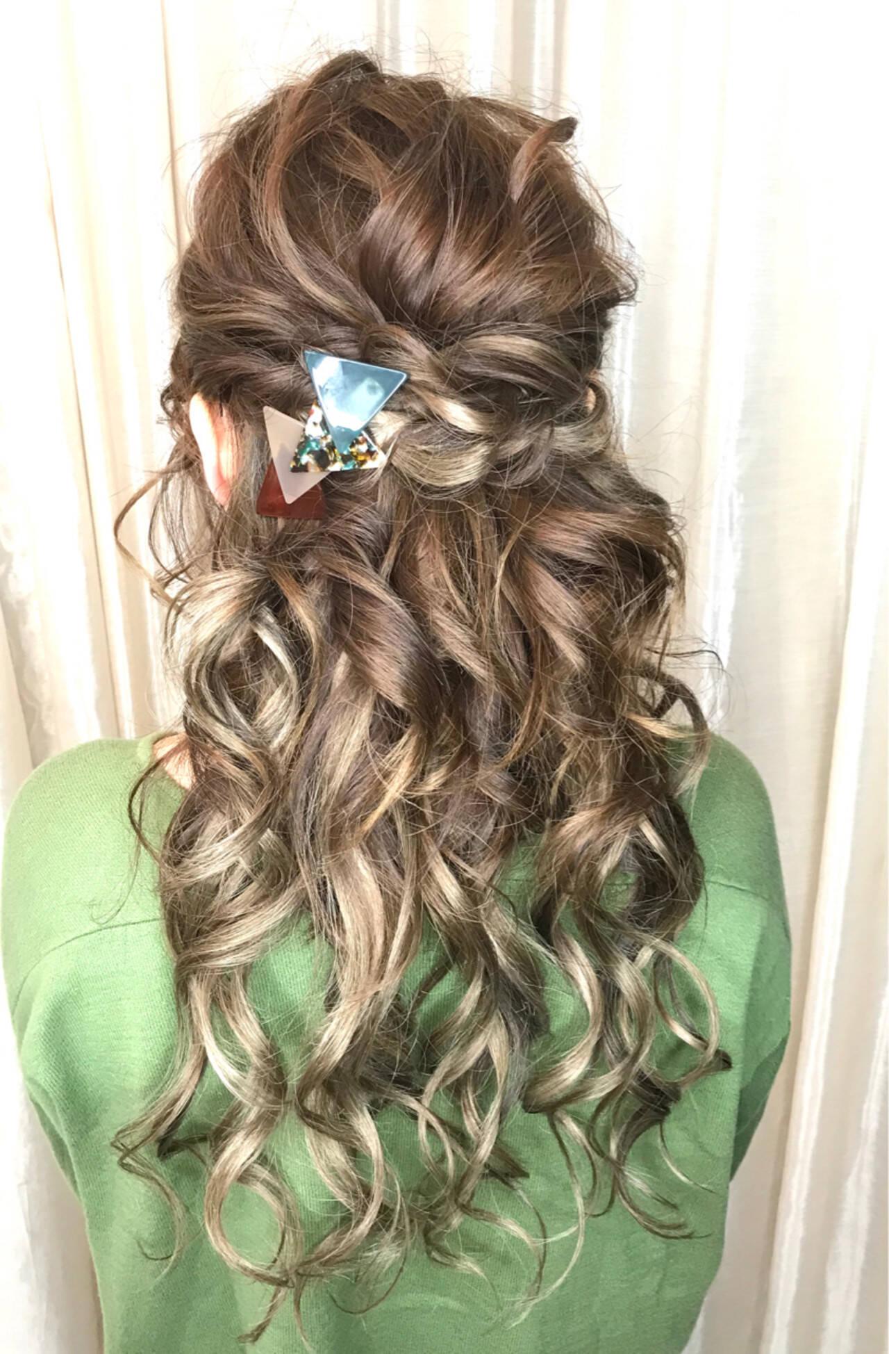 簡単ヘアアレンジ 結婚式 ナチュラル ヘアアレンジヘアスタイルや髪型の写真・画像