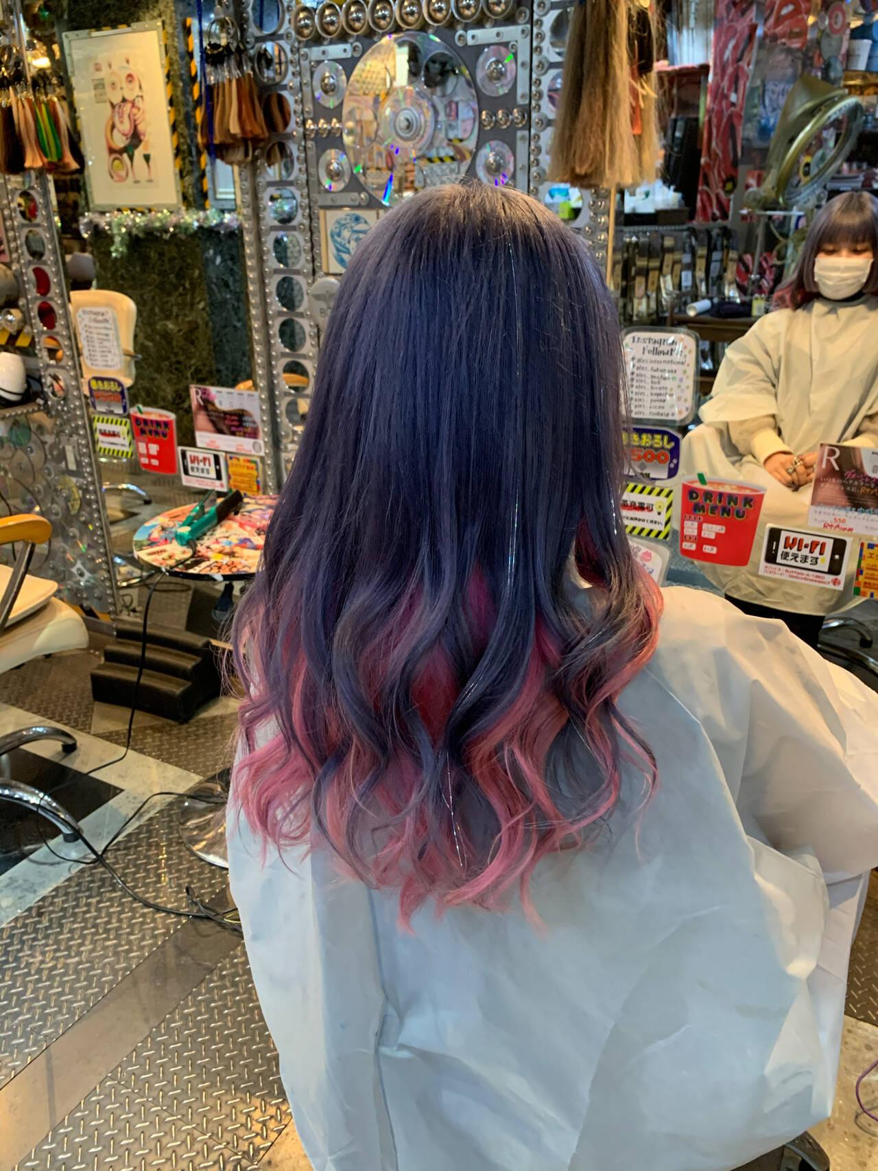インナーカラー ラベンダーピンク カラーバター セミロングヘアスタイルや髪型の写真・画像