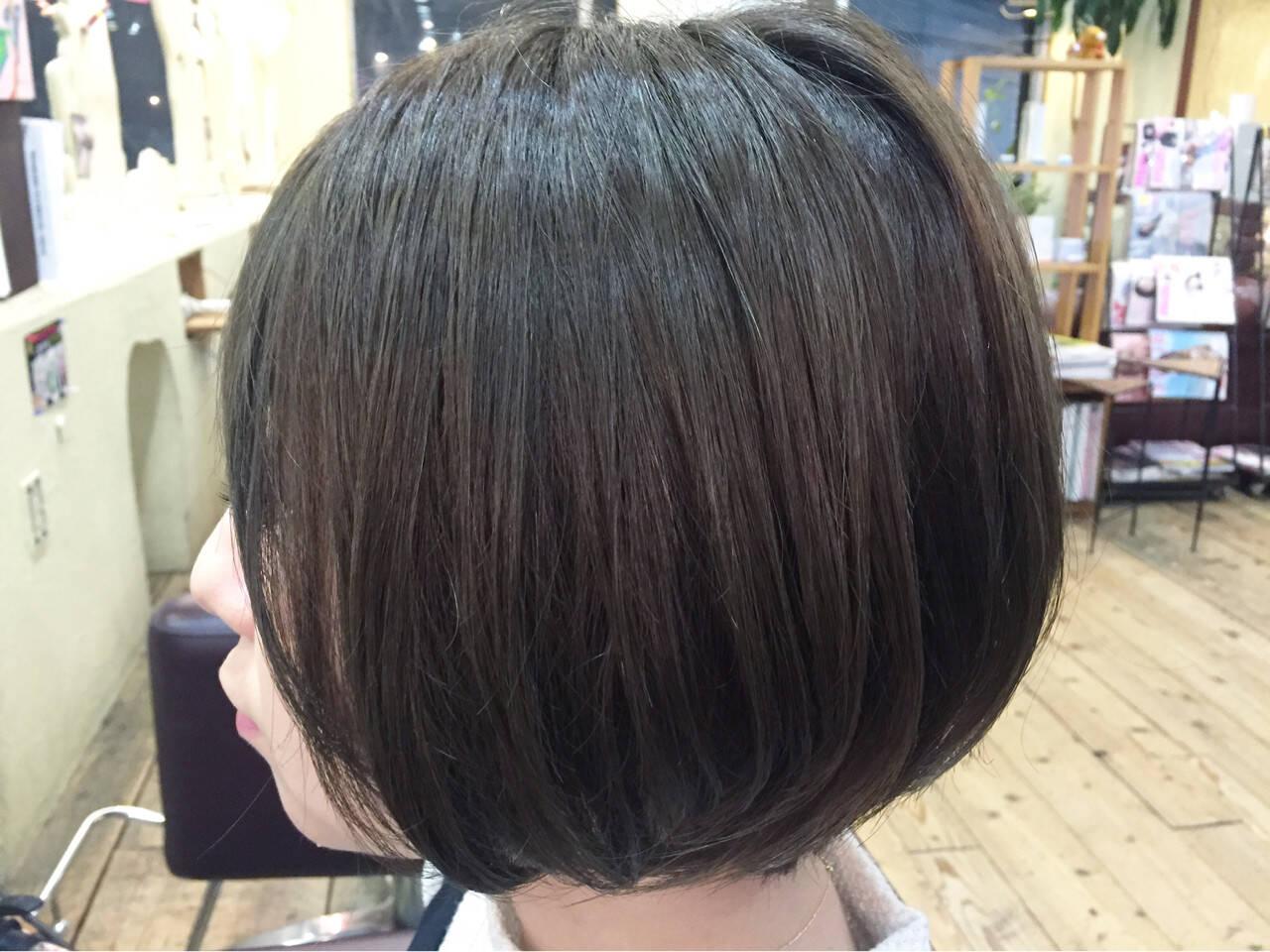 イルミナカラー アッシュグレー 似合わせ 透明感ヘアスタイルや髪型の写真・画像