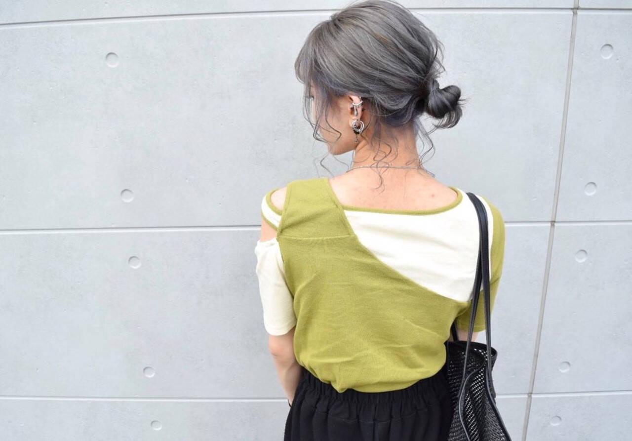 アディクシーカラー シルバーグレージュ グレージュ ガーリーヘアスタイルや髪型の写真・画像