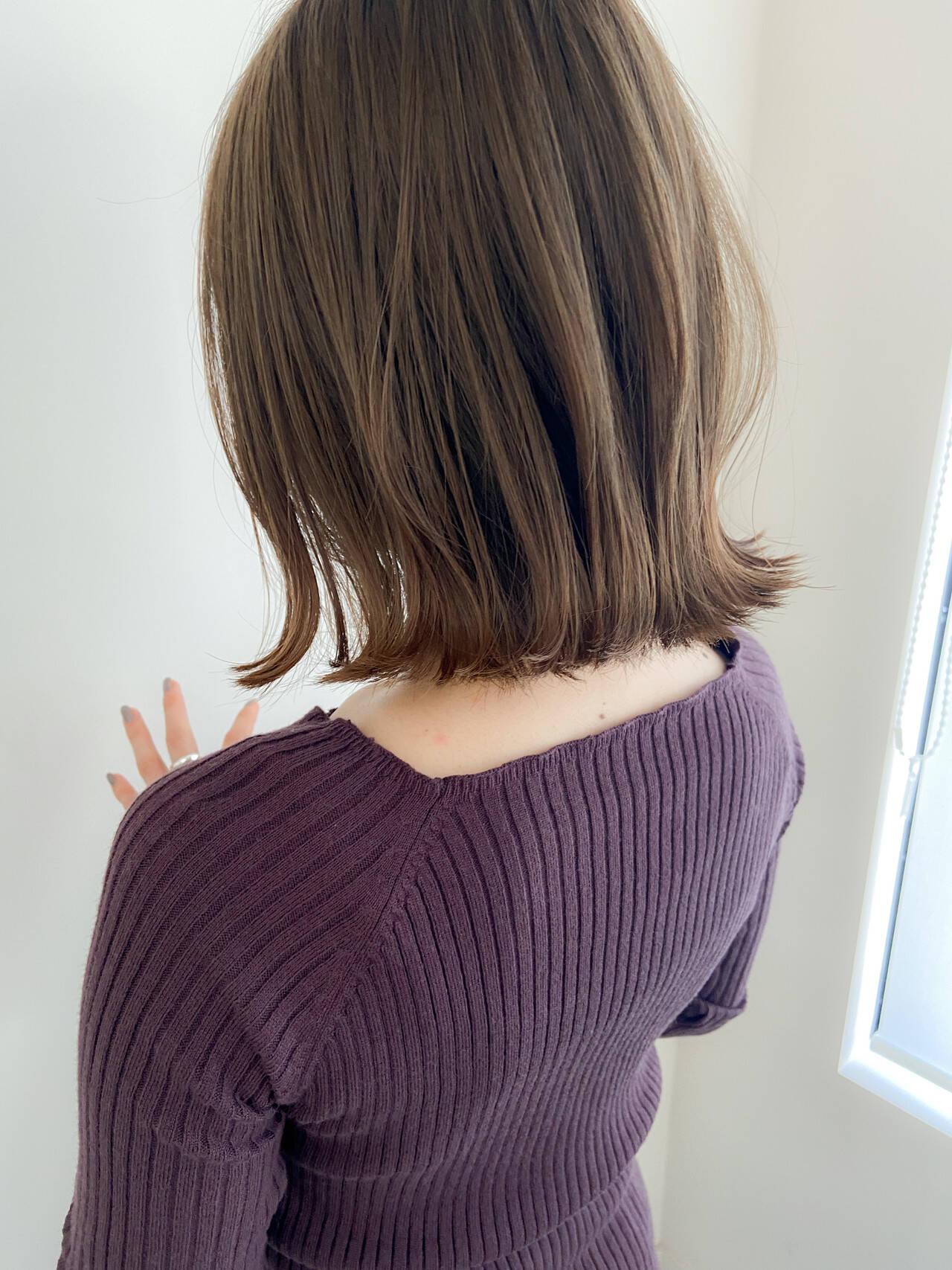アンニュイほつれヘア ナチュラル アッシュグレージュ ボブヘアスタイルや髪型の写真・画像