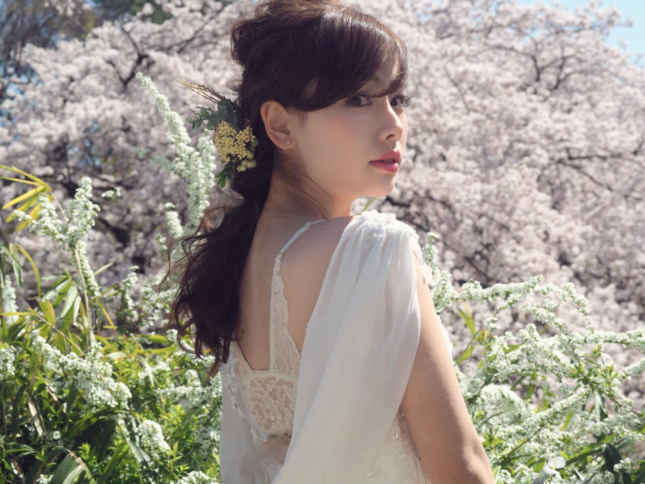 セミロング ヘアアレンジ 編み込み 結婚式ヘアスタイルや髪型の写真・画像