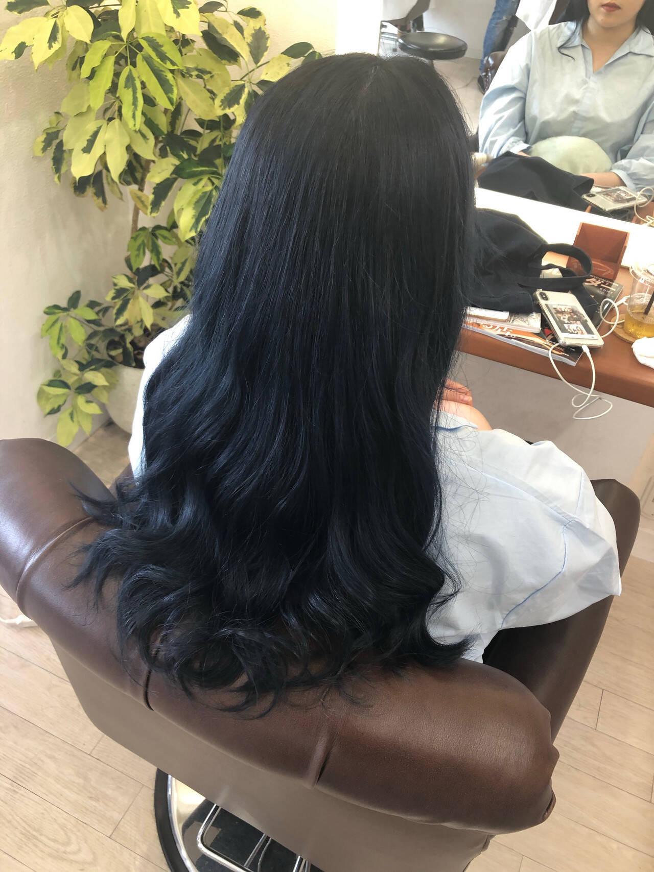 ロング ストリート ブルーブラック 超音波ヘアスタイルや髪型の写真・画像