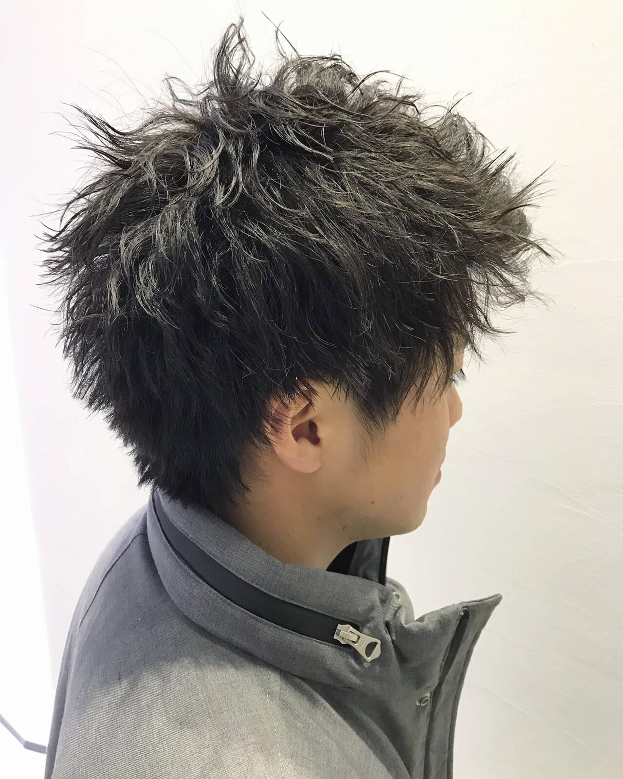 メンズパーマ メンズカジュアル メンズカット ナチュラルヘアスタイルや髪型の写真・画像
