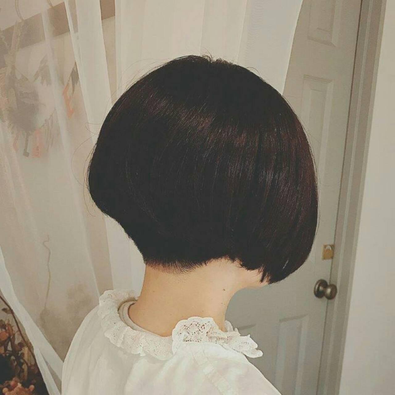 大人かわいい 黒髪 秋 ショートヘアスタイルや髪型の写真・画像