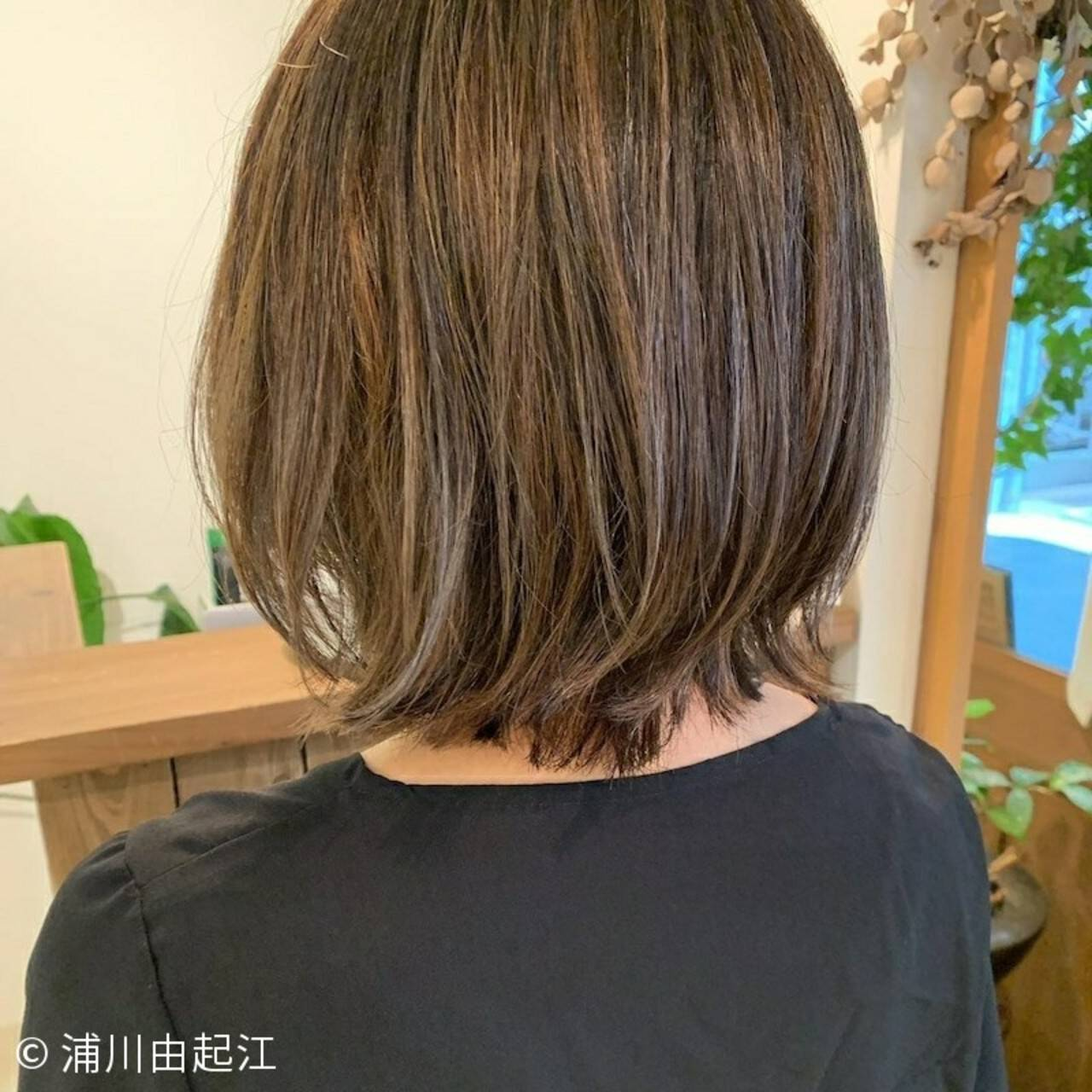 外国人風カラー ボブ ハイライト ナチュラルヘアスタイルや髪型の写真・画像