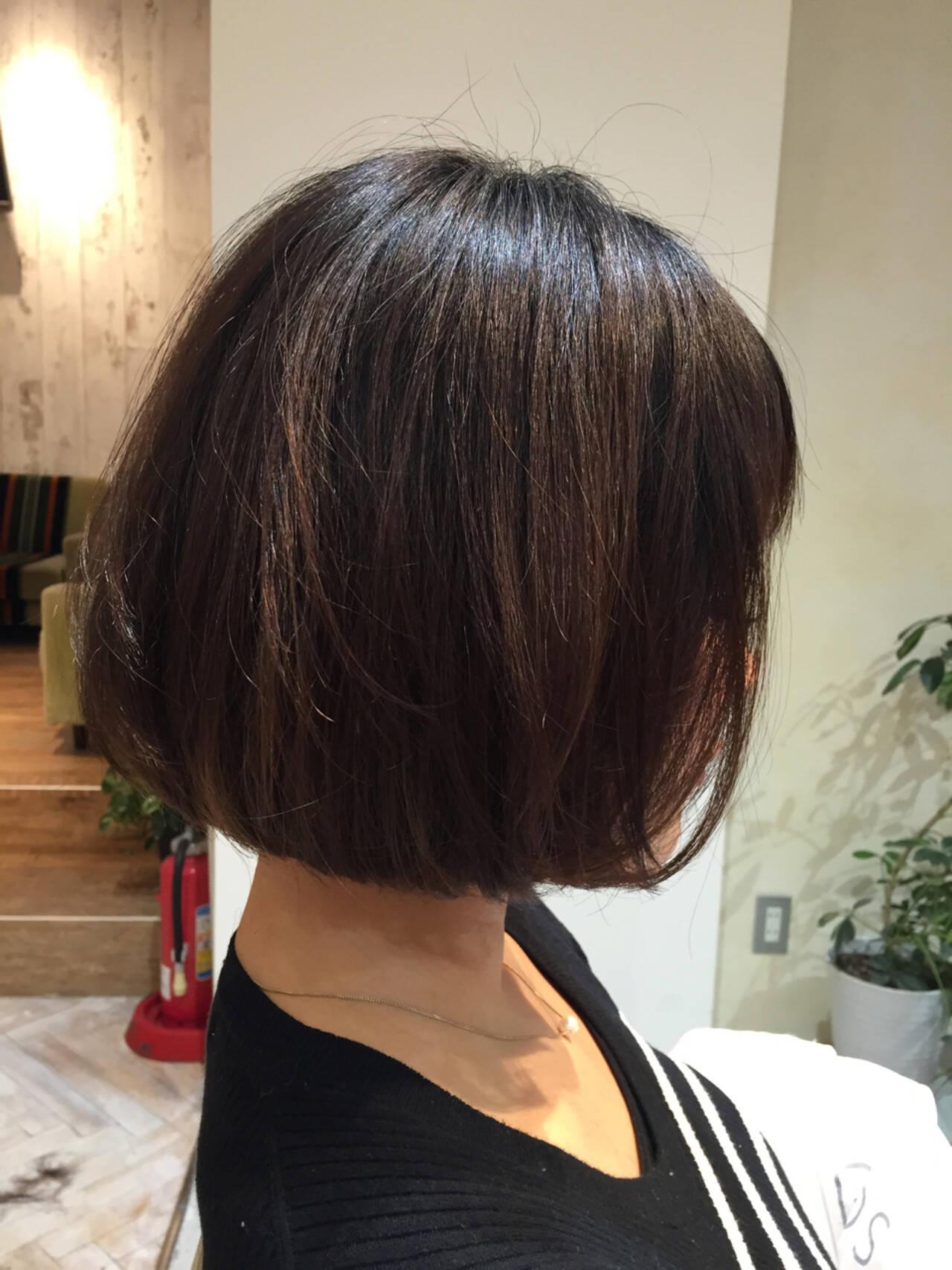 大人女子 アッシュ ワンカール ナチュラルヘアスタイルや髪型の写真・画像