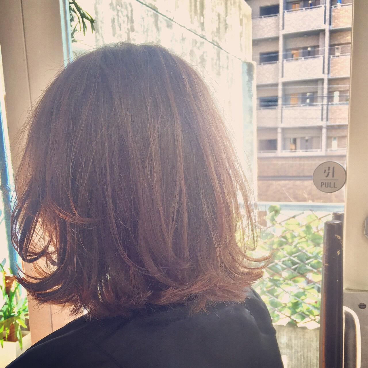ストリート 外ハネ ミディアム ボブヘアスタイルや髪型の写真・画像