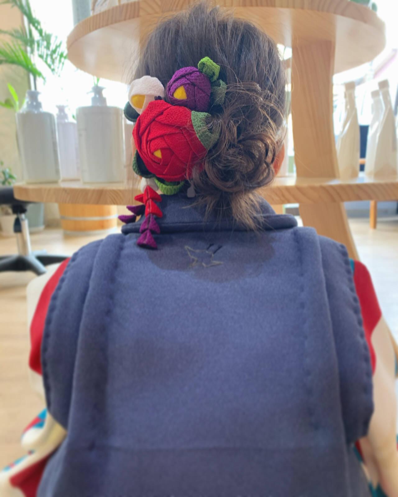 ミディアム 簡単ヘアアレンジ フェミニン セルフヘアアレンジヘアスタイルや髪型の写真・画像