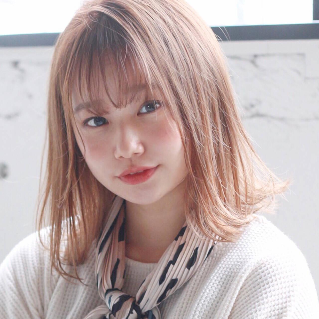 アンニュイほつれヘア ミディアムレイヤー ミディアム モテ髪ヘアスタイルや髪型の写真・画像