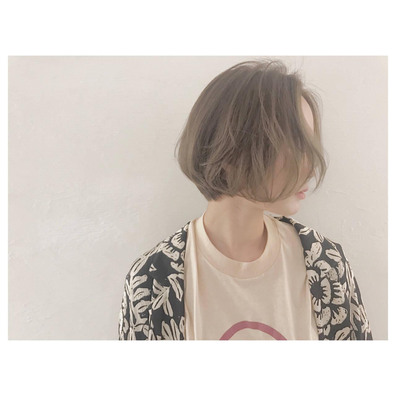 グレージュ 外国人風 ハイライト ボブヘアスタイルや髪型の写真・画像