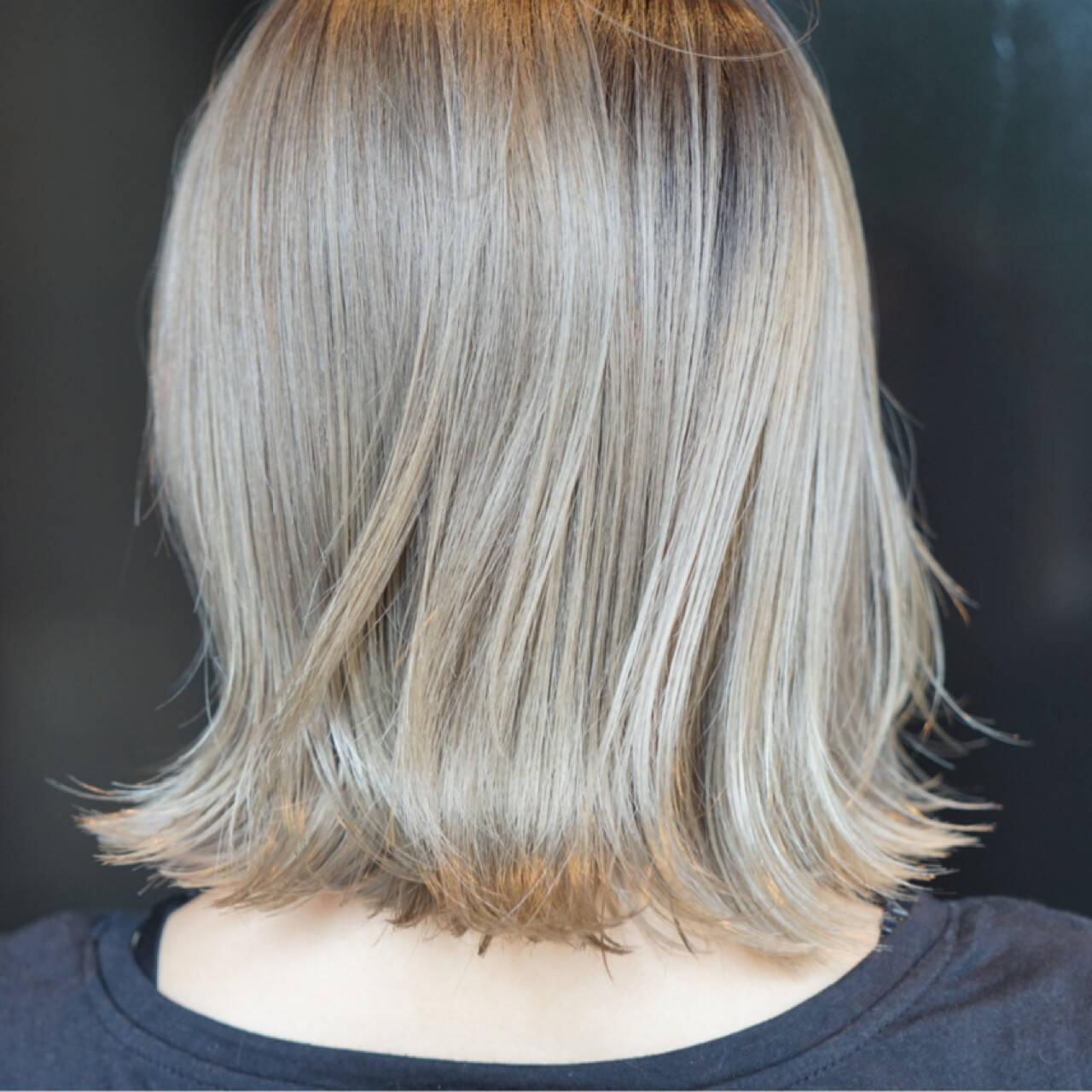 ウェットヘア グラデーションカラー モード ブリーチヘアスタイルや髪型の写真・画像
